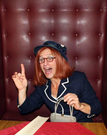 Dinnertheater Theaterdinner Komödie Die Restaurant-Testerin von Michelin