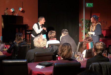 Dinnertheater Theaterdinner Komödie - Stuhl
